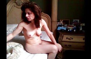 Max Mikita es pornocaserolatino una MILF a la que le gusta el anal.